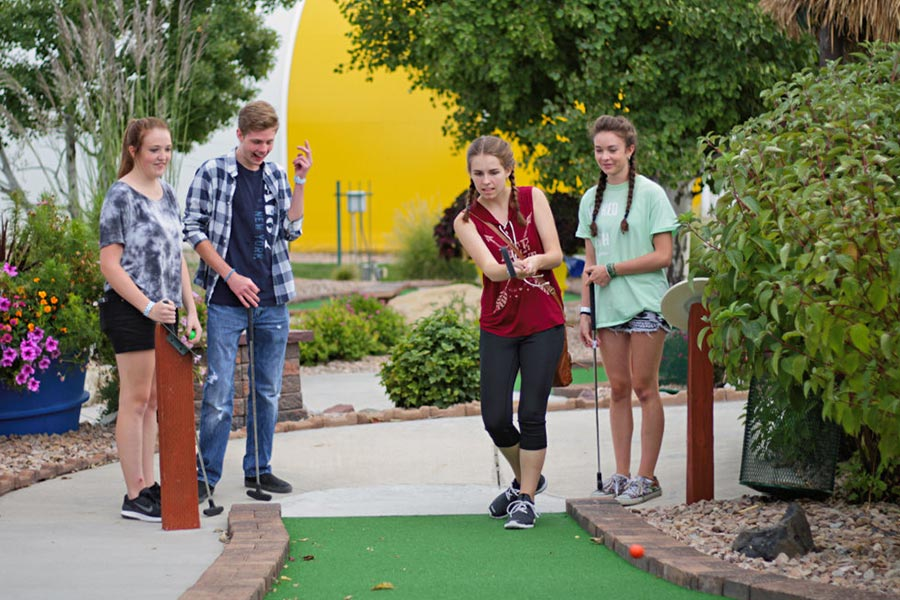 Four Teens Playing Miniature Golf | Bananas Fun Park - Grand Junction, CO